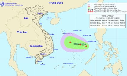 Vùng áp thấp xuất hiện trên Biển Đông, miền Trung nguy cơ lũ chồng lũ