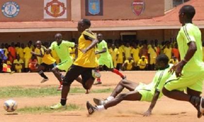 Cầu thủ bị đồng đội đánh chết vì mắc lỗi dẫn đến bàn thua