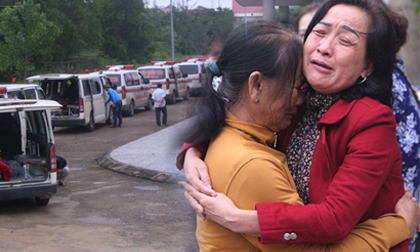 Nỗi đau thấu trời của người thân 22 cán bộ, chiến sĩ bị vùi lấp: 'Con hứa về thăm mẹ và vợ, sao không giữ lời?'
