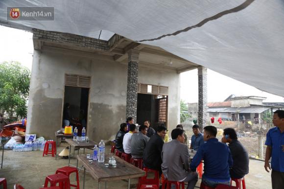 Nỗi đau tột cùng của đôi vợ chồng mất đi 2 người con trai do lũ cuốn ở Quảng Bình - 2