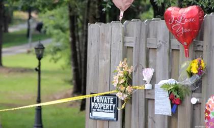 Bé trai 3 tuổi dùng súng 'tự sát' trong tiệc sinh nhật