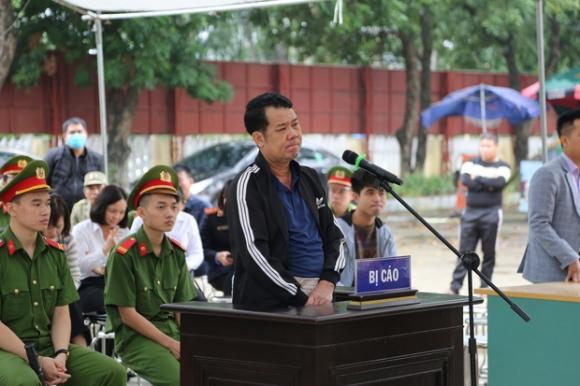 Tuyên án 18 tháng tù đối với giám đốc rút súng dọa 'bắn vỡ sọ' người đi đường ở Bắc Ninh - 3