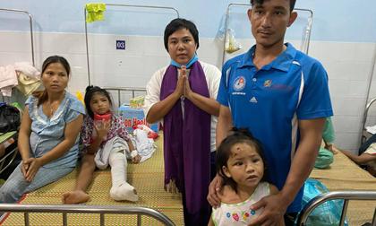 Người đàn ông bật khóc 'xin đi xe chứ không cần tiền' đã gặp được vợ con sau vụ sạt lở đất kinh hoàng ở Trà Leng