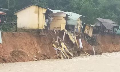 Sạt lở gần như 'xóa sổ' thêm một ngôi làng ở Trà Leng