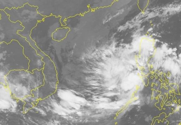 Áp thấp nhiệt đới mạnh lên thành bão giật cấp 11 hướng vào Nam Trung bộ - 1