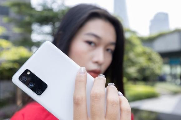 Top 4 chiếc smartphone từ Samsung với thiết kế tinh tế và sang trọng bậc nhất hiện nay