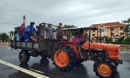 Xe công nông bị lật, một sinh viên tử nạn