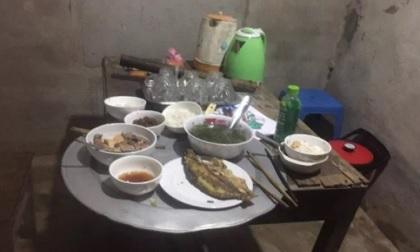 Xích mích trong bữa cơm, bố chồng đánh trọng thương con dâu cùng hai cháu nội