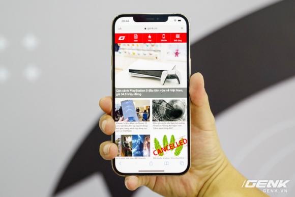 iPhone 12 Pro Max đầu tiên về Việt Nam, giá 53 triệu đồng - 1