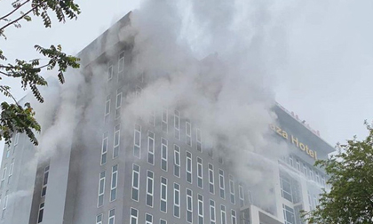 Nghệ An: Cháy tại khách sạn 180 phòng, nhân viên và khách bỏ chạy tán loạn