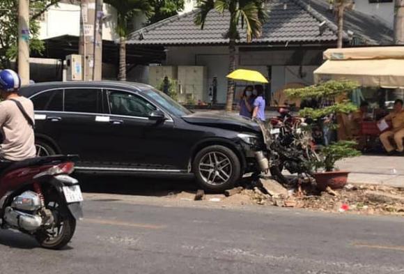 TP.HCM: Thanh niên phê ma túy lái Mercedes tông tài xế GrabBike tử vong và nữ tiếp viên hàng không thương tật 79% bị truy tố ra tòa - 1