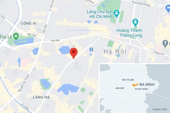 Xe Fortuner tông liên hoàn ở Hà Nội - 1