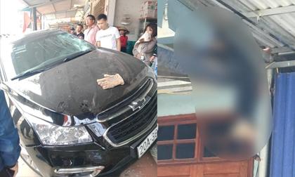 Thái Nguyên: Kinh hoàng ô tô đấu đầu xe máy, một người bị hất văng lên mái nhà tử vong