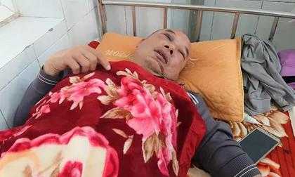 Bị khách siết cổ cướp xe taxi, tài xế giả chết