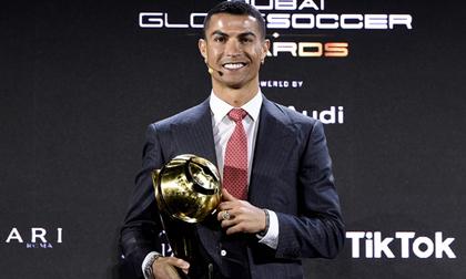 'Cầu thủ xuất sắc nhất thế kỷ' Ronaldo tiết lộ bí quyết đá bóng đến tuổi 40