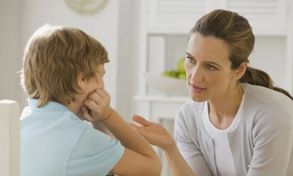 Nếu muốn con mình sau này trở thành người quảng giao, thành đạt thì ngay từ bé mẹ phải dạy trẻ 3 điều này