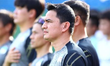 HAGL hòa Nam Định trong ngày HLV Kiatisak ra mắt