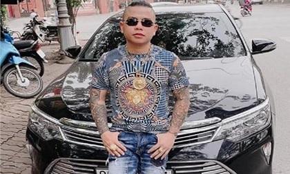 'Thánh chửi' Dương Minh Tuyền nói gì khi bị kẻ lạ mặt bắn vào xe ô tô?