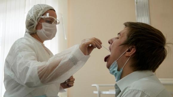 Phát hiện sốc về virus SARS-CoV-2 trong một bệnh nhân Nga - Ảnh 1.