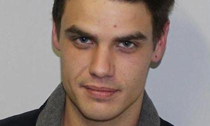 Tên tội phạm bị truy nã khổ sở vì quá đẹp trai, chị em săn đuổi còn gắt gao hơn cảnh sát