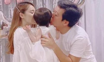 Nhã Phương tiết lộ đã phải trải qua cơn 'thập tử nhất sinh' vì bị băng huyết khi sinh con