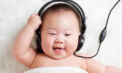 4 hoạt động đơn giản giúp trẻ sơ sinh thông minh hơn, cha mẹ nên làm đều đặn mỗi ngày
