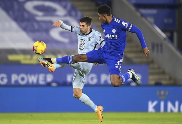 Hạ gục Chelsea, Leicester soán ngôi đầu Ngoại hạng Anh - Ảnh 2.