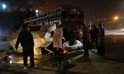 Quảng Ninh: 4 người bị thương sau vụ đầu kéo tông đuôi xe tải
