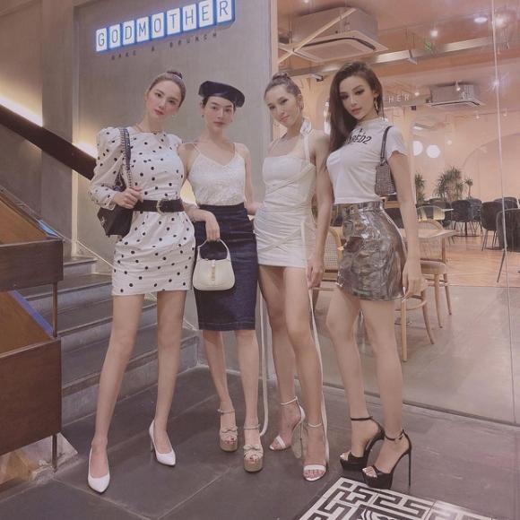 Hội bạn thân Huyền Baby họp mặt, nhìn nhan sắc và loạt outfit cứ như một cuộc thi sắc đẹp - 3