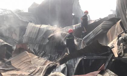 Cháy lớn ở Bình Dương, thiêu rụi nhiều ki ốt, phòng trọ và nhà dân