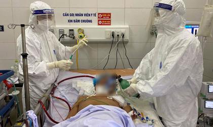 Cụ bà 79 tuổi mắc Covid-19 tiên lượng khó qua khỏi, đang điều trị tại BV Phổi Đà Nẵng
