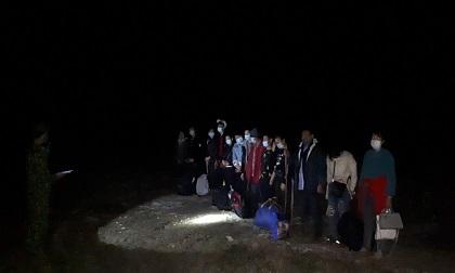13 người vượt biên từ Trung Quốc về nước