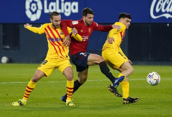 Messi siêu kiến tạo, sao 18 tuổi lập đại công cho Barcelona - Ảnh 1.