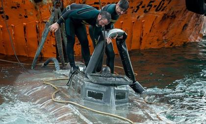 Tự chế tàu ngầm để vận chuyển ma túy