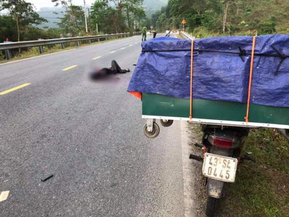 Thanh niên chết bất thường giữa đường ở Quảng Nam: Do tai nạn giao thông - Ảnh 1.