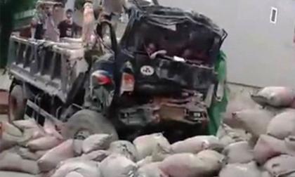 Đưa xe tải gây chết người đi cân tải trọng, xe lại gặp nạn khiến 2 người thương vong