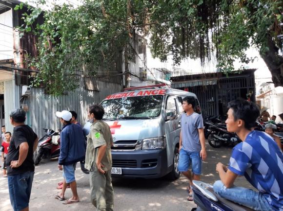 Công an báo cáo ban đầu, xác định danh tính 3 nạn nhân tử vong trong vụ cháy nhà lúc rạng sáng ở Sài Gòn - Ảnh 2.