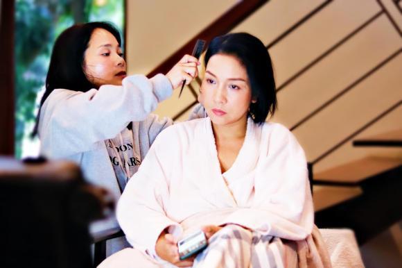 Mỹ Linh khoe ảnh chụp cùng Quang Linh cách đây hơn 2 thập kỷ, fan ngỡ ngàng vì ngoại hình của cả hai