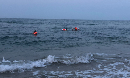 Nam sinh 16 tuổi chết đuối khi tắm biển cùng bạn