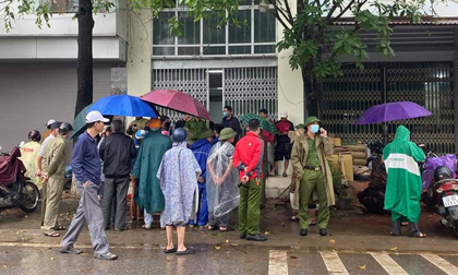 Lào Cai: Phát hiện thi thể 2 vợ chồng bốc mùi hôi thối trong căn nhà khóa trái cửa