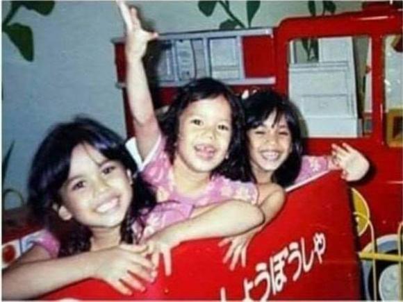 Xin mẹ 10.000 đồng đi mua kẹp tóc ở chợ đêm, bé gái biệt tích không để lại dấu vết, mở màn cho vụ án bắt cóc giết người man rợ ám ảnh người Malaysia đến tận giờ - Ảnh 1.