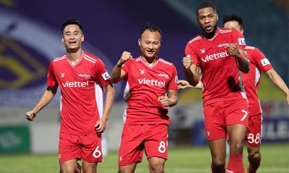 Gục ngã trước Viettel trong trận cầu có 2 thẻ đỏ, Hà Nội FC lún sâu vào khủng hoảng