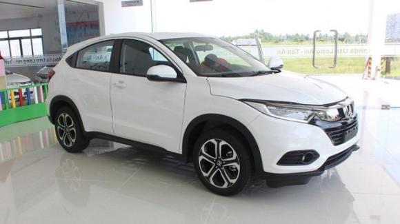 Hyundai Santa Fe đại hạ giá, giảm sốc 110 triệu đồng - 1