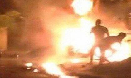 Tạt xăng đốt cháy đồng nghiệp cũ vì chậm trả nợ 2,5 triệu đồng