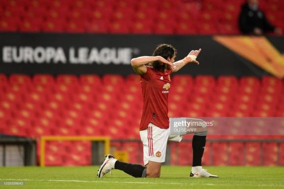 Man United đối mặt với nỗi ám ảnh lớn nhất của Solskjaer; Arsenal ngược dòng bằng 4 bàn thắng - Ảnh 1.