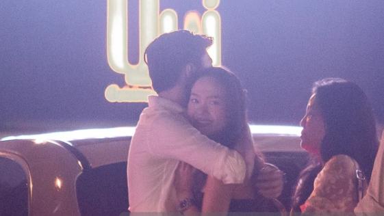 Minh Hằng chính thức lên tiếng về hình ảnh ôm hôn Quốc Trường gây xôn xao dư luận