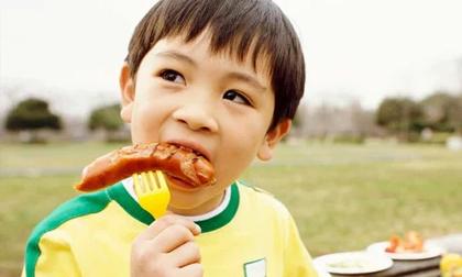 Cho con ăn loại thịt này bảo sao trẻ chậm lớn, chiều cao khó mà phát triển