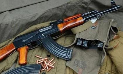 Hé lộ tin nhắn của đại úy quân đội trước khi dùng súng AK bắn chết bố mẹ vợ ở Sơn La: 'Sẽ bắn chết bố mẹ mày'