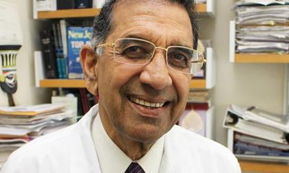Đã tiêm 2 liều vắc xin, giáo sư về bệnh truyền nhiễm của Mỹ tử vong ở Ấn Độ do mắc Covid-19