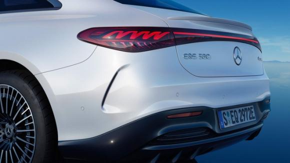 """Chạy 770km/lần sạc: Bom tấn """"ngôi sao 3 cánh"""" khiến Tesla phải """"nể"""" có làm nên chuyện ở VN?"""